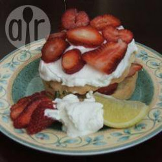 Lemon Zested Strawberry Shortcakes