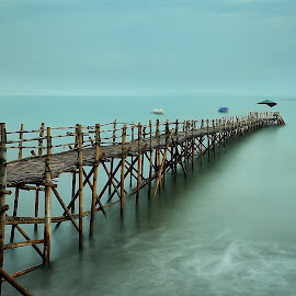 Run to Nowhere by Ina Herliana Koswara - Buildings & Architecture Bridges & Suspended Structures ( water, waterscape, pier, long exposure, beach )