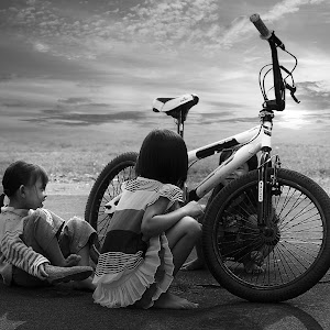 edit sepeda 5 terang bw.jpg