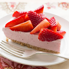 Strawberry Ice Cream Cone Pie