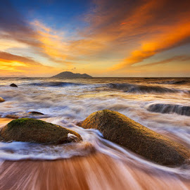 Waves of Borneo by Bobby Bong - Landscapes Beaches ( sand, sunset, waves, seascape, kalimantan, singkawang, landscape, rocks )