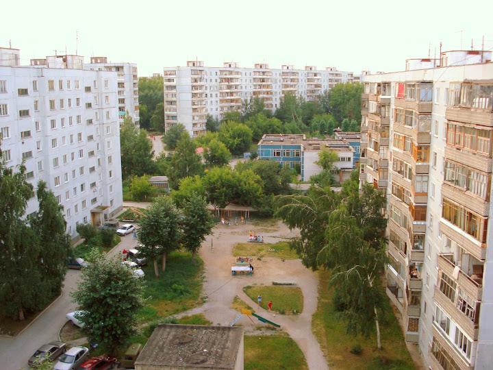 Двор Русской 25