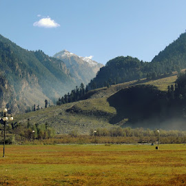 BETAAB VALLEY by Bukun Mukhujje - Landscapes Mountains & Hills ( sayantan chatterjee, soma chakroborty )