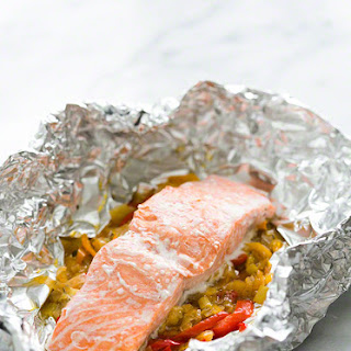 Foil Baked Salmon with Leeks and Bell Peppers