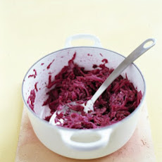 Red Cabbage With Apple