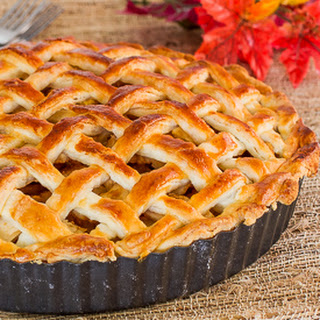 Classic American Apple Pie