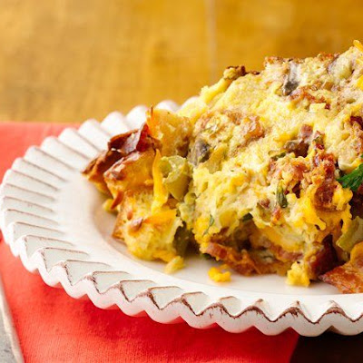 Slow-Cooker Bacon, Smoked Cheddar and Egg Casserole