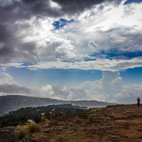 by Soumyaroop  Chatterjee  - Landscapes Cloud Formations ( contrast, colour, maharashrta, canon 60d, lightroom, mahabaleshwar, landscape, pune )