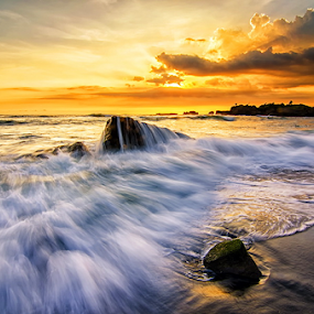 Voyage of Soul by Hendri Suhandi - Landscapes Waterscapes ( bali, sunset, mood, flow, beach, mengening, motion )