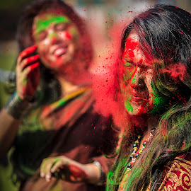 Game of Holi by Rajkumar Bose - News & Events World Events ( color, kolkata, canon 5d mark iii, india, holi, Emotion, portrait, human, people,  )