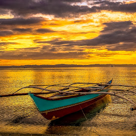 Courage by Karen Lee - Transportation Boats