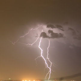 lghtning over gawler by Hayden Talbot-smith - News & Events Weather & Storms (  )
