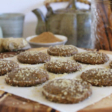 Raw Gingersnap Cookies