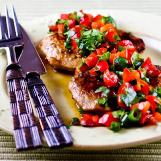 Recipe for Creole-Seasoned and Pan-Fried Pork Cutlets with Tomato and Red Bell Pepper Salsa