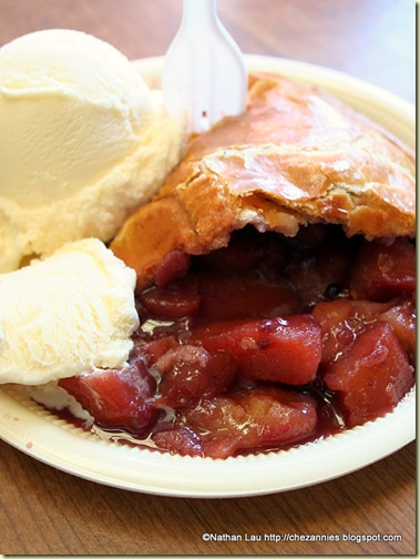 Apple-ollalieberry pie from Gizdich Ranch