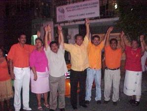 Alianza del PT y Convergencia registran planilla de candidatos al Ayuntamiento de Coyuca de Benítez