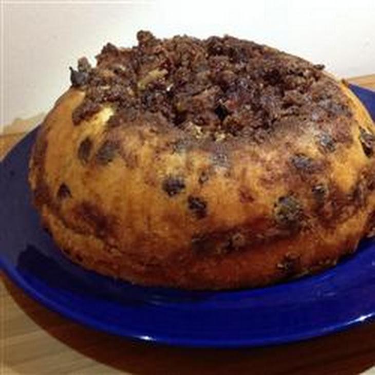 Chocolate Chip Sour Cream Coffee Cake Recipe | Yummly