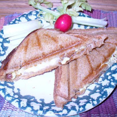 Provolone Cheese and Scrambled Egg Sandwiches