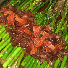 Pan Roasted Asparagus With Red Onion and Bacon