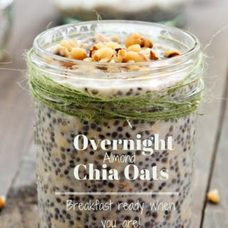 Overnight Almond Oatmeal with Chia and Maple Syrup