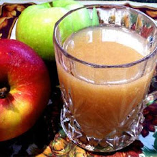 Hot Spiced Apple Cider in a Crock Pot