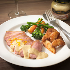 Pan-fried Duck with Orange and Pepper Sauce