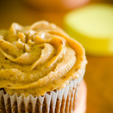 Persimmon Cupcakes – How to Bake with Persimmons