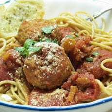 Mama's Italian Spaghetti and Meatballs (Quick and Easy)