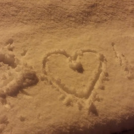 I LOVE YOU!  by Trish Vallely - Instagram & Mobile Android ( picture messages, snow, fun )