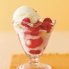 White-Chocolate Raspberry Sundaes