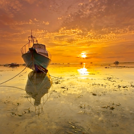 Brightness Day by Choky Ochtavian Watulingas - Landscapes Sunsets & Sunrises ( shore, clouds, sky, seaweed, boats, beach, seascape, sunrise, sun )