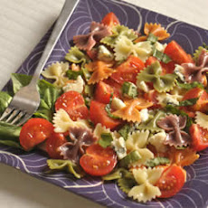 Wacky Mac® Five-Ingredient Tomato and Basil Salad