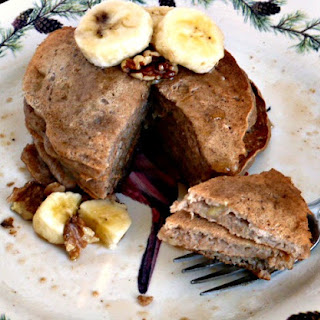 Whole Wheat Banana Pancakes with Walnuts