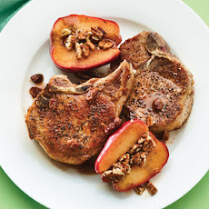 Breakfast Thyme Pork Chops with Quick-Cooked Apples