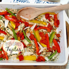 {Weekend Slim Down} Skinny Chicken Fajitas
