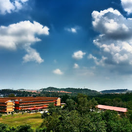 Cloud  by Max Samson - Instagram & Mobile Android ( veera, school, cloud, bright day, mobile )