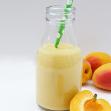 Oaty Apricot Breakfast Smoothie