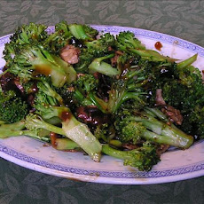 Broccoli and Mushrooms in Oyster Sauce