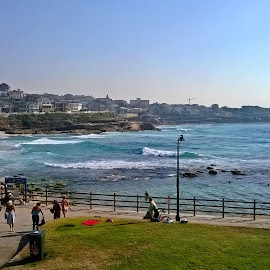 Bronte Surf by Kamila Romanowska - Instagram & Mobile Other ( nature, australia, ocean, beach, sydney, bronte )