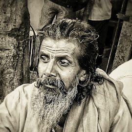 Lost in thoughts... by Saikat Kundu - Instagram & Mobile Android ( beard, candid, old man, natural, close up,  )