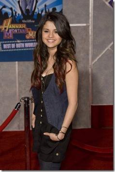 Selena Gomez-CSH-036381