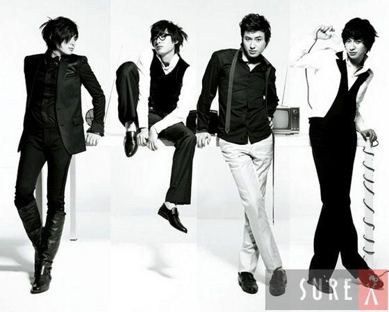 Lee Ji Hoon Black-and-White Photos