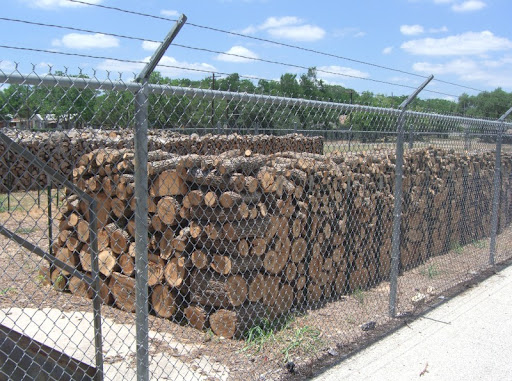Woodpiles outside of Kreuz Market