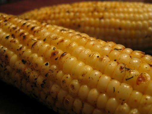 Chile-Rubbed Grilled Corn