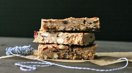 Cherry-Almond Granola Bars Recipe | Yummly