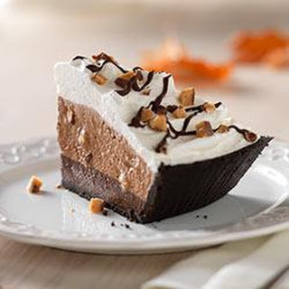 Fudge-Bottom Candy Crunch Pie