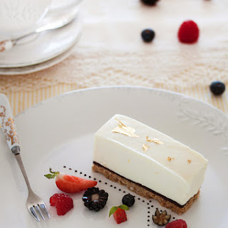 White Chocolate Cheesecake (no Baking)