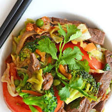 Broccoli Beef and Cabbage Stir Fry Inspired by Blue Dragon #BlueDragonMeals