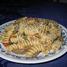 Beef & Rotini Salad With Tomato Basil Dressing
