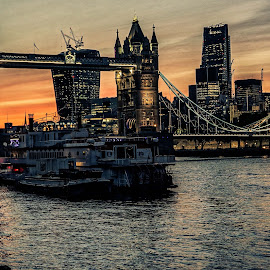 tower bridge by Haddouchi Tarik - City,  Street & Park  Historic Districts ( england, uk, london, tower bridge, photooftheday )